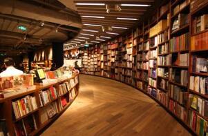 渠道窄化,地域稀释,实体书店如何突破窒息困境?